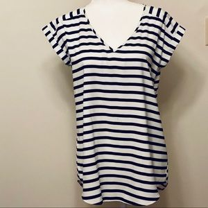 EXPRESS Sill V-Neck Black and White Striped Blouse